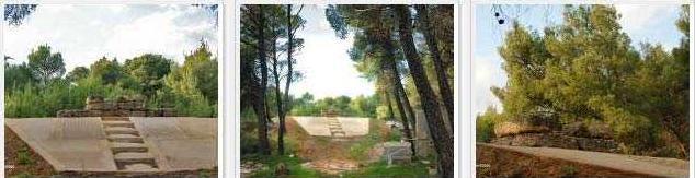 Ὁ τάφος τοῦ Σοφοκλέους;4