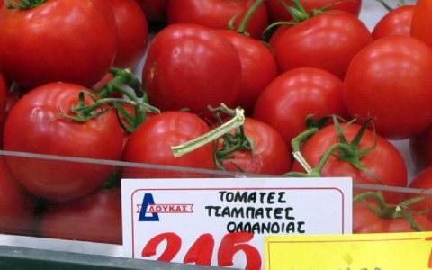 Οι καλλιέργειες θερμοκηπίου από τις Κάτω Χώρες έχουν υποσκελίσει προϊόντα, όπως οι ντομάτες