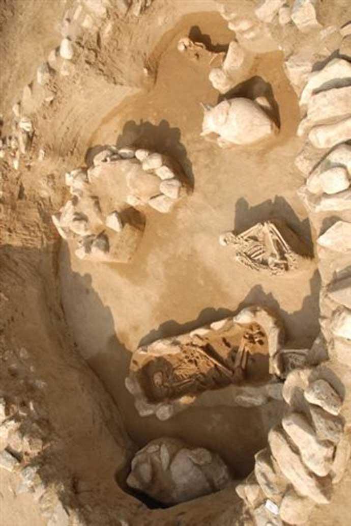 Ἀρχαιότητες ποὺ πᾶνε γιὰ ...πνίξιμο!9