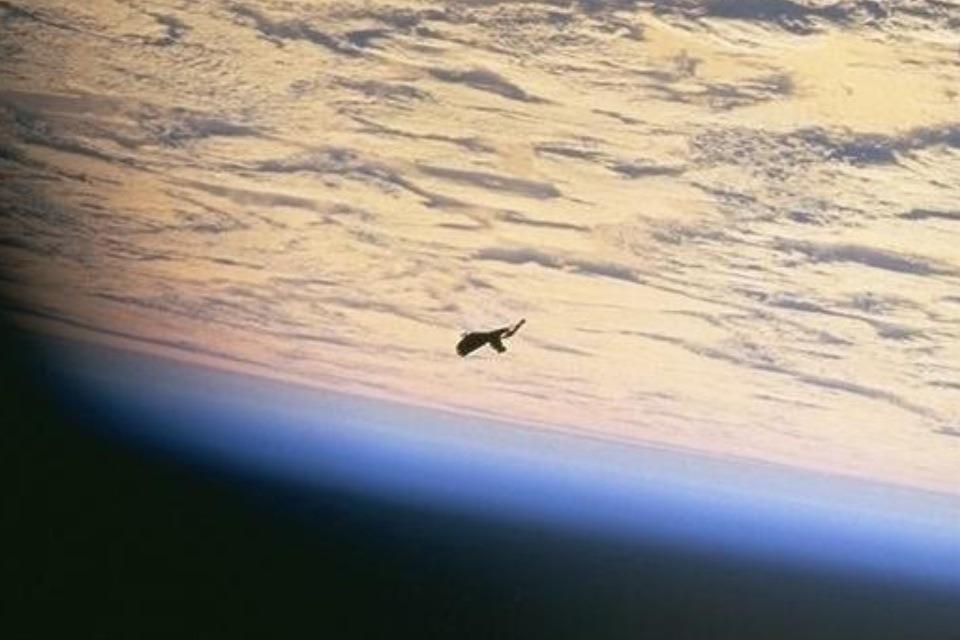 Τί γίνεται ὅταν ἡ NASA ...«ξεχνᾷ» νά ἐπεξεργασθῇ τίς φωτογραφίες;;7