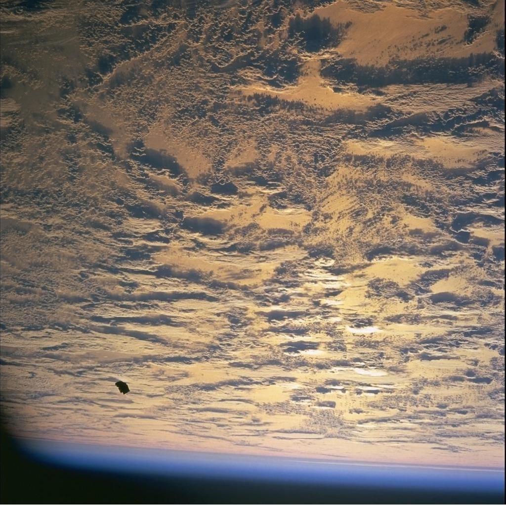 Τί γίνεται ὅταν ἡ NASA ...«ξεχνᾷ» νά ἐπεξεργασθῇ τίς φωτογραφίες;;8