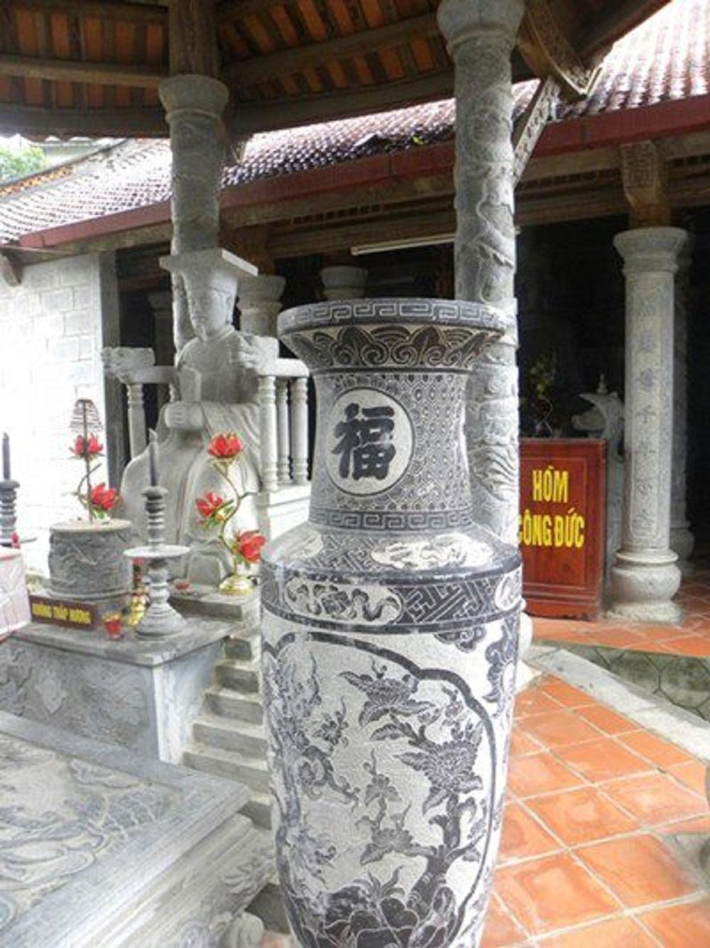 Μαίανδροι καί στό Βιετνάμ;