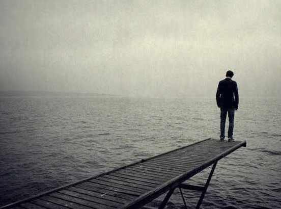 Ὁ ἀργὸς θάνατος τοῦ Ἔθνους Τὸ 64% θέλουν νὰ φύγουν & τὸ 68% εἶναι φτωχοί..