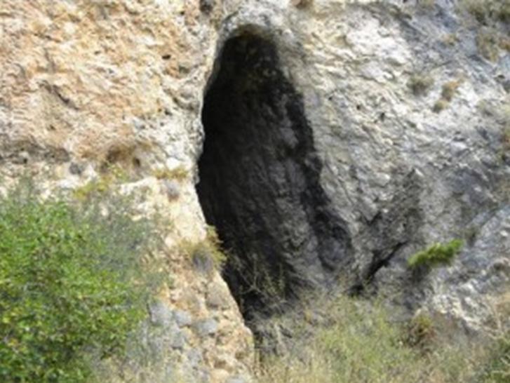 Μήπως ἔφθασε ἡ στιγμή νά ἐπιστρέψουμε στίς σπηλιές;