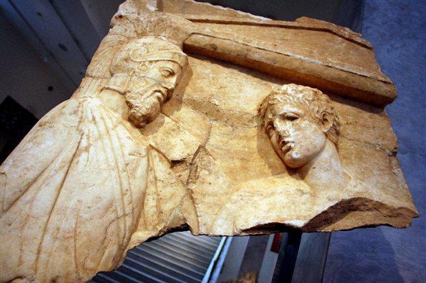 Οἱ 10 µεγαλύτερες ἀρχαιολογικές ἀνακαλύψεις στήν Ἑλλάδα τό 2011