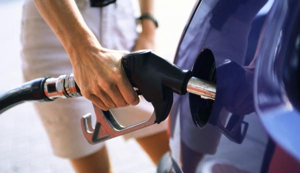 Ψηφίσματα γιά ἔκτακτα μέτρα ἀνάγκης στά καύσιμα;