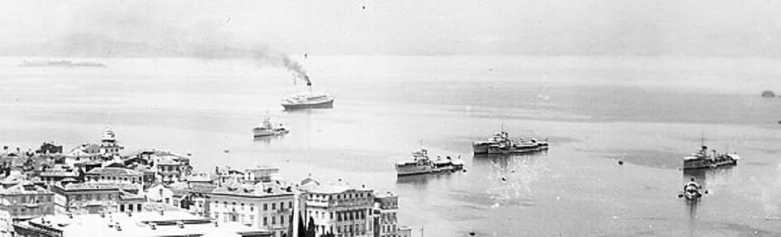 31 Ὀκτωβρίου 1940. Βομβαρδισμὸς ἰταλικῶν θέσεων ἀπὸ Ἑλληνικὰ ἀντιτορπιλικά.