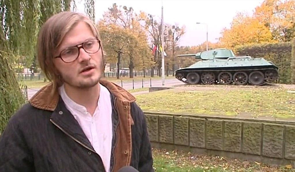 Ο γλύπτης Jerzy Szumczyk (φωτογραφία: Daily Mail)