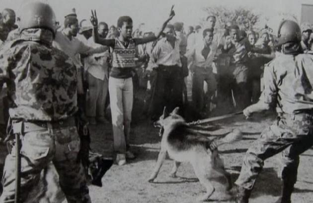 Τὰ ἐγκλήματα στὴν Νότιο Ἀφρικὴ τὰ διέπραξαν λευκοί. Ὄνομα δέν ἔχουν;