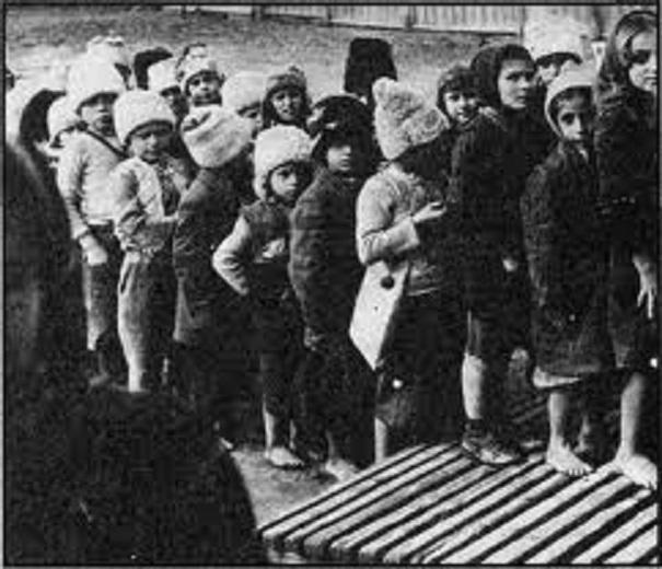 Ἕνα ξεχασμένο ἱστορικό ἔγκλημα Τό κομμουνιστικό παιδομάζωμα τοῦ συμμοριτοπολέμου2