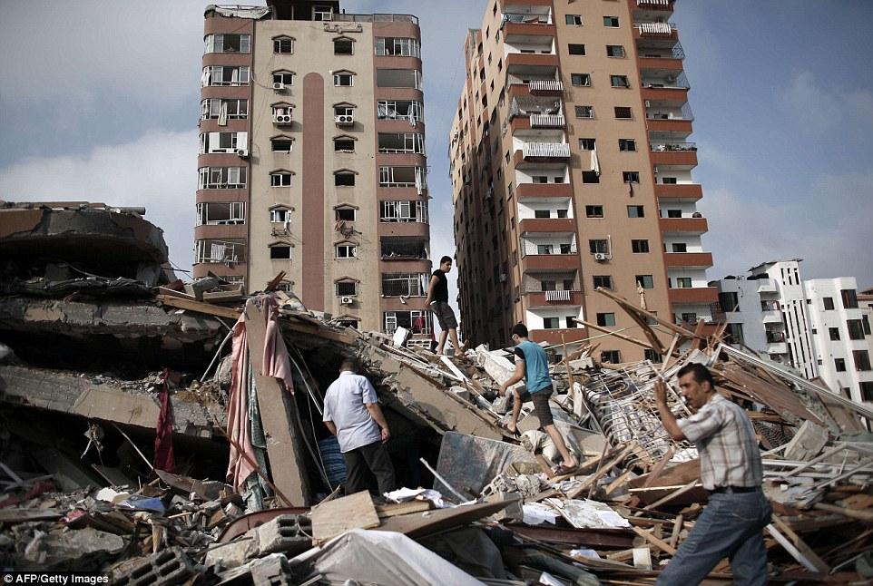 Τους πήρε ο πόνος: Τα ισραηλινά αεροσκάφη, πριν από την επίθεση το Σάββατο, προειδοποιησαν τους κατοίκους με μη-εκρηκτικό πύραυλο