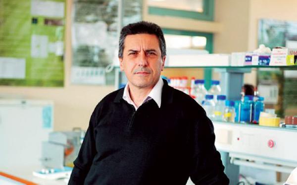 Εφευρέτης. Ο δημιουργός του Feed Back, αναπληρωτής καθηγητής του Τμήματος Βιοχημείας και Βιοτεχνολογίας στο Πανεπιστήμιο Θεσσαλίας, Δημήτρης Κουρέτας.