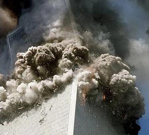 Κι ἄλλος χάρτινος πύργος κατέρρευσε!