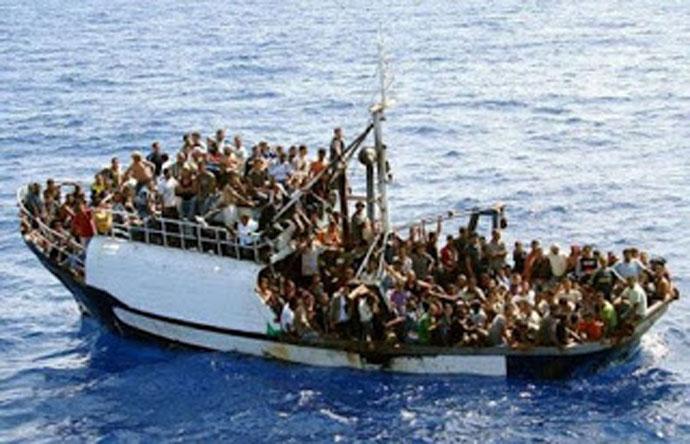Ἔκτακτον!!! Τὴν ὥρα ποὺ ἡ χώρα ψυχοῤῥαγεῖ κάποιοι χαρίζουν τὴν Ἐθνικὴ καὶ Δημόσια περιουσία στοὺς λαθρομετανάστες!!!1