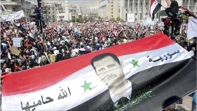 Οἱ Σύριοι θέλουν τὸν Ἄσσαντ καὶ πρὸς τοῦτο πρέπει νὰ ...ἀνατραπῇ!!!