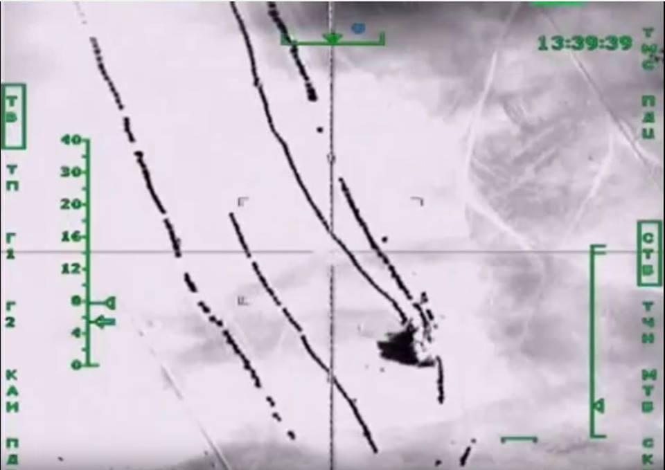 Οὔτε ἕνας δορυφόρος κατάφερε νὰ ...«δῇ» τὰ βυτιοφόρα τῆς ISIS!!!4