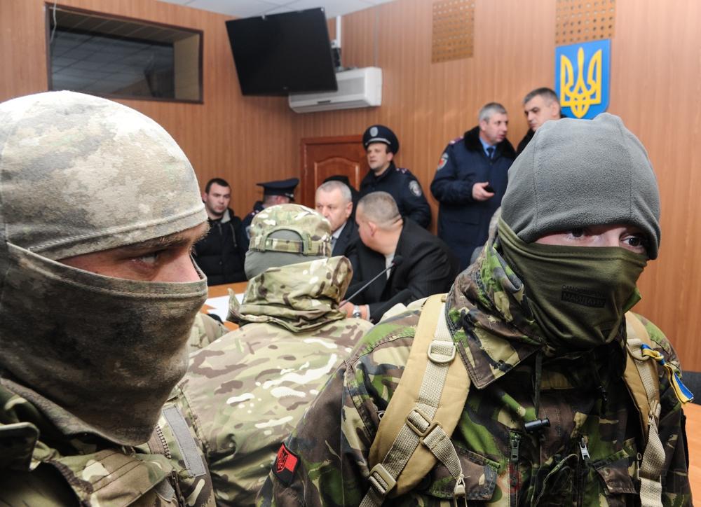 Τὰ μισθωμένα φασισταριὰ τοῦ ΝΑΤΟ στὴν Οὐκρανία ἀλλοιώνουν ...δικαστικὲς ἀποφασεις!!!3