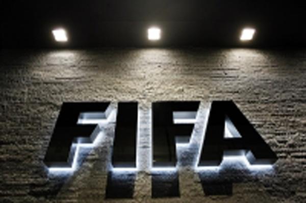 Μήπως οἱ συλλήψεις τῶν στελεχῶν τῆς FIFA στοχεύουν τήν ...Ῥωσσία;