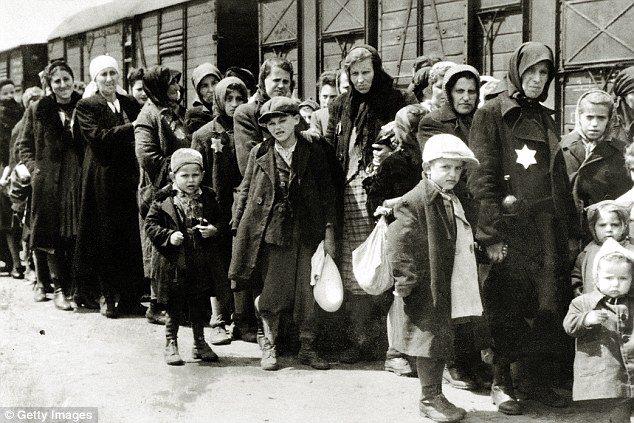 EBΡΑΙΟΙ ΣΤΟ ΑΟΥΣΒΙΤΣ ΤΗΣ ΠΟΛΩΝΙΑΣ ΤΟ 1943EBΡΑΙΟΙ ΣΤΟ ΑΟΥΣΒΙΤΣ ΤΗΣ ΠΟΛΩΝΙΑΣ ΤΟ 1943