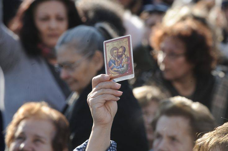 Πόλεμος κατὰ τῆς «κάρτας πολίτου» σημαίνει πόλεμος κατὰ τοῦ ἱερατείου!!!1