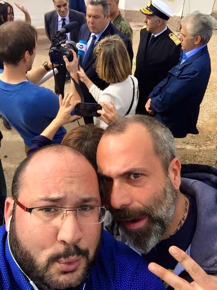 Καμμένη σέλφι με τον αδελφό μου τον Λευτέρης Σουχάιμπ του CNN Greece στο hotspot του Σχιστού