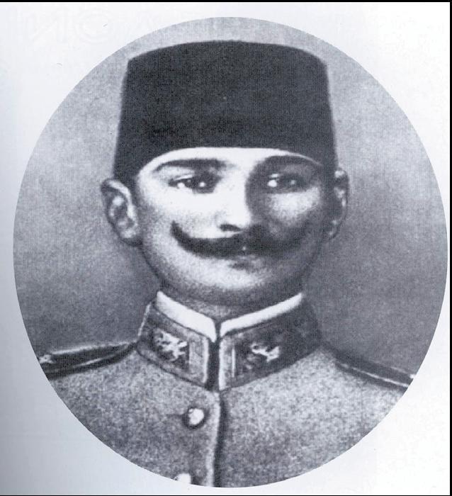 Ὁ Κεμάλ λοχαγός, 1905
