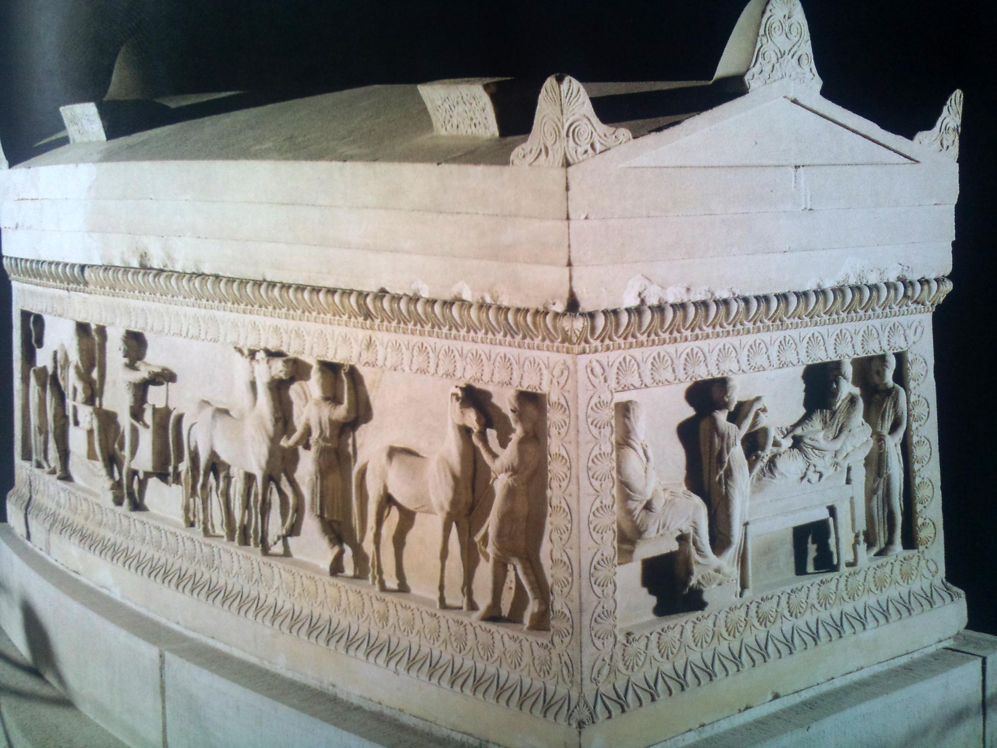 Η σαρκοφάγος του σατράπη, από την Νεκρόπολη της Σιδώνας...