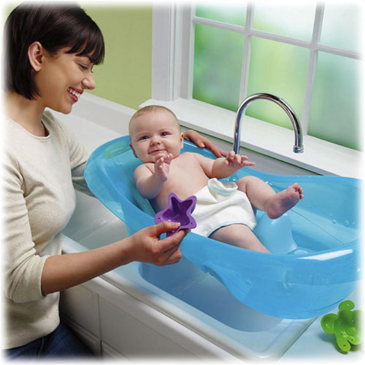 Πῶς πλένουμε ἕνα μωρό;6