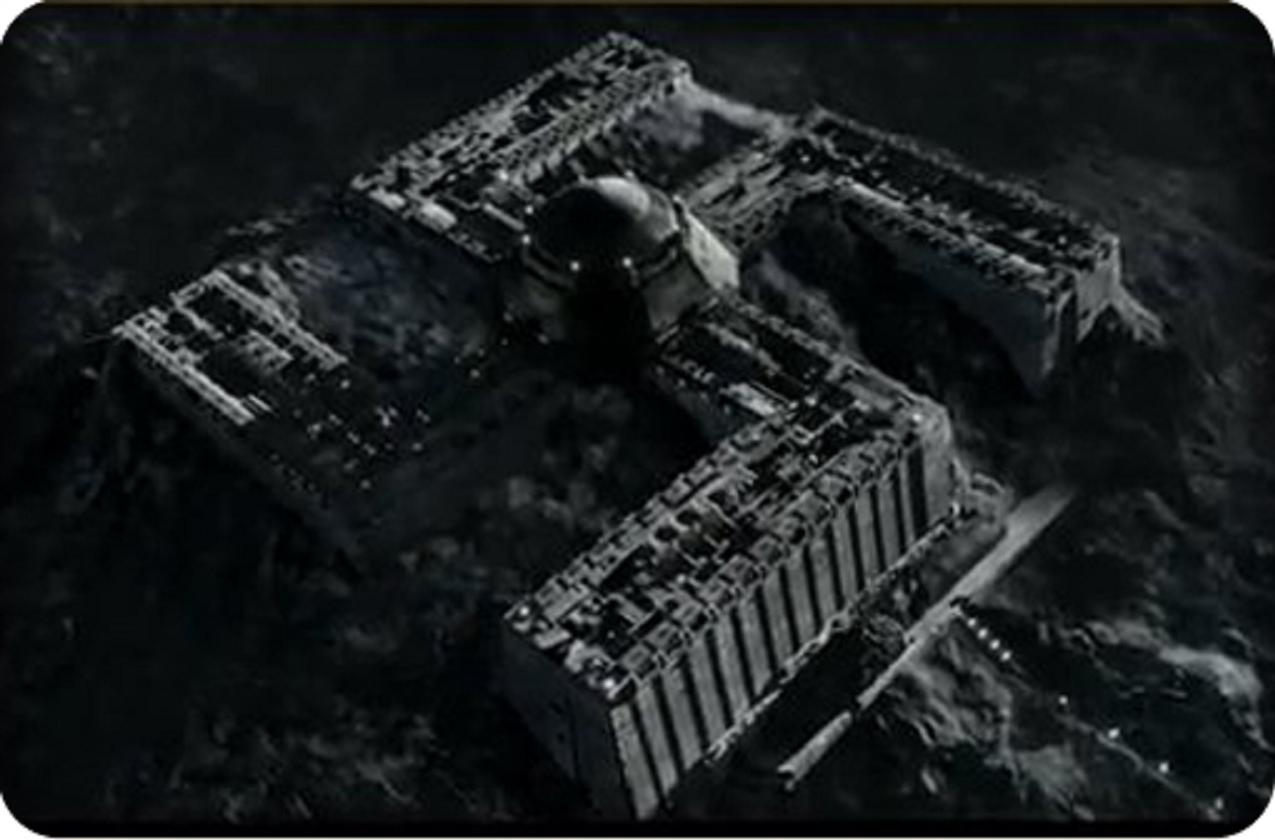 Η ύπαρξη ναζιστικών βάσεων στη Σελήνη και στον Βόρειο Πόλο έχει τροφοδοτήσει μύρια σενάρια ανάκτησης της επίγειας κυριαρχίας τους. Στη φωτογραφία στιγμιότυπο από μια τέτοια βάση, έτσι όπως αποτυπώθηκε στην ταινία iron sky (2012).