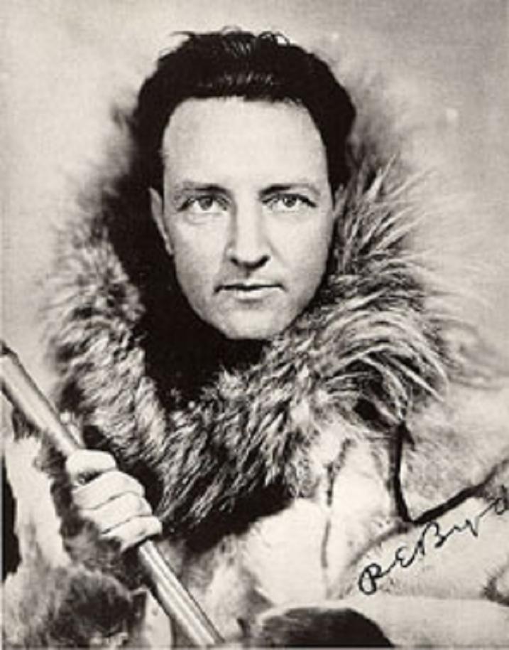 Ο Υποναύαρχος Ρίτσαρντ Εβελυν Μπέρντ Τζ. , (25.10.1888 -11.3.1957), ήταν ένας αξιωματικός του Ναυτικού, ο οποίος ειδικευόταν σε εξερευνητικές αποστολές. Υπήρξε ένας πρωτοπόρος Αμερικανός αεροπόρος, πολικός εξερευνητής και διοργανωτής των πολικών επιχειρήσεων εφοδιασμού. Ο Μπέρντ ισχυρίστηκε ότι ήταν ο πρώτος που προσέγγισε δια αέρος τόσο τον Βόρειο, όσο και τον Νότιο Πόλο. Βραβεύτηκε με το Μετάλλιο της Τιμής - την υψηλότερη τιμή για ηρωισμό που δίνεται από τις ΗΠΑ.