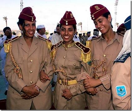Γιατί δολοφονήθηκε ὁ Καντάφι;6