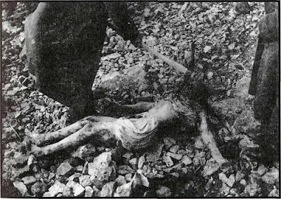 Ὅταν μᾶς δολοφονοῦσαν κατὰ χιλιάδες.14