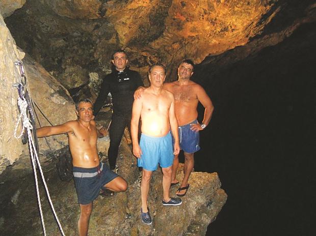 Ἀνεκαλύφθῃ ἐξαιρετικῆς ὀμορφιᾶς σπήλαιον στὴν Κρήτη.3