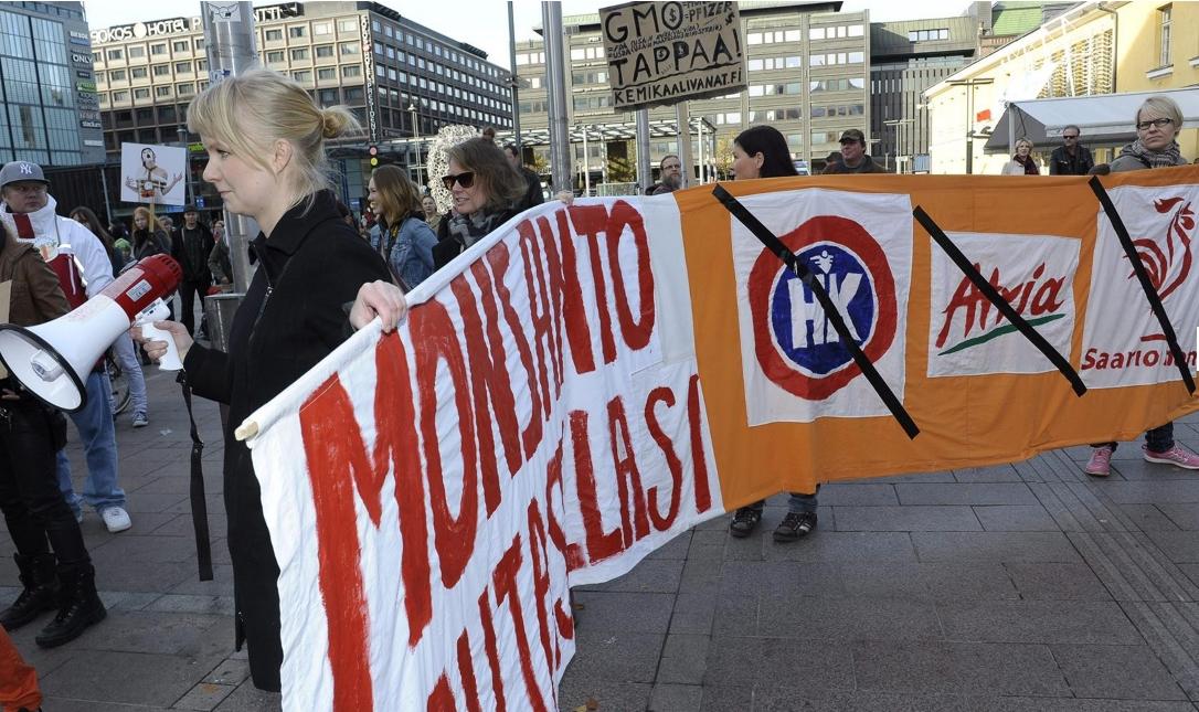 Φινλανδία: Διαδηλωτές στο Ελσίνκι ενάντια στη δράση της πολυεθνικής Μονσάντο