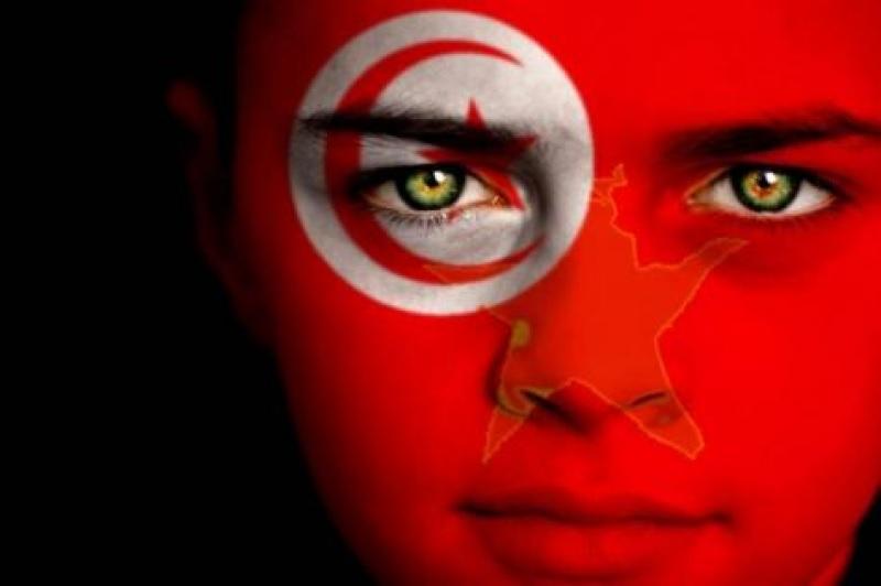 Τουρκάλα ἱστορικὸς ἀποκαλύπτει τὴν ἀλήθεια γιὰ τὴν Σμυρνη καὶ τὸν Κεμάλ!2