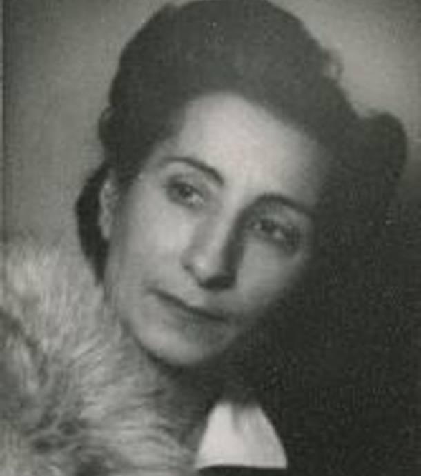 Η Αγάπη Μολυβιάτη-Βενέζη, συγγραφέας της μαρτυρίας  «Το χρονικό των δέκα ημερών»