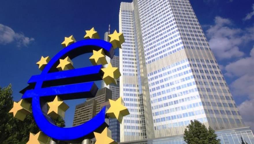 Ἑτοιμάζει τό τελειωτικό κτύπημα ἐναντίον μας ἡ ΕΚΤ;
