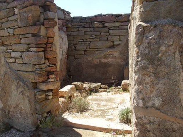 """The Lake House in the Delos city center has only recently been excavated. This is the αποχωρητήριον, the apochoreterion or latrine. As the sign there says, """"Next to the secondary entrance, far from the main rooms, is the apochoreterion (latrine) and the mageireion (kitchen, or cookhouse). A closed door isolates these two areas from the atrium to keep the masters of the house from being disturbed by any unpleasant smells. The baths were in a separate room with clay bathtubs."""""""