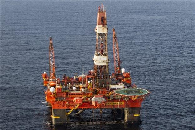 Ἡ πτῶσις τῆς τιμῆς τοῦ πετρελαίου φέρνει θετικὰ ἀποτελέσματα στοὺς ...τοκογλύφους!!!15