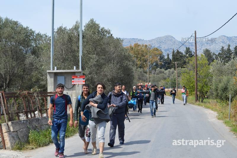 Δὲν εἶναι διαμετακομιστικὰ κέντρα ἀλλὰ στρατόπεδα!!!5