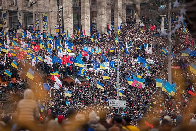 Δοκιμασμένο σενάριο. Το ίδρυμα Σόρος αναλαμβάνει την «πορτοκαλί επανάσταση» στην Ουκρανία και κερδίζει.