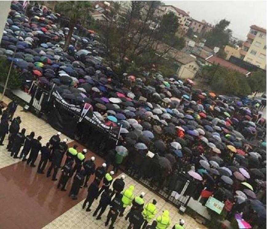 Ξεσηκώθηκαν οἱ Τουρκοκύπριοι γιὰ τὴν διαφορὰ ...ὥρας!!!3